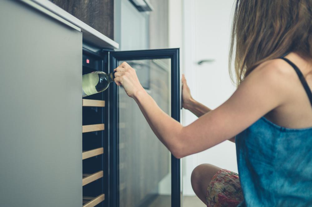 Come scegliere la tua cantinetta frigo per il vino