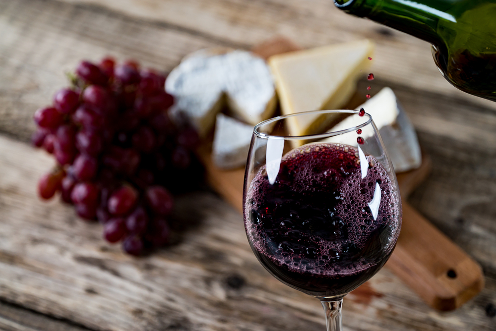 Brief Guide to Pairing Wine and Cheese