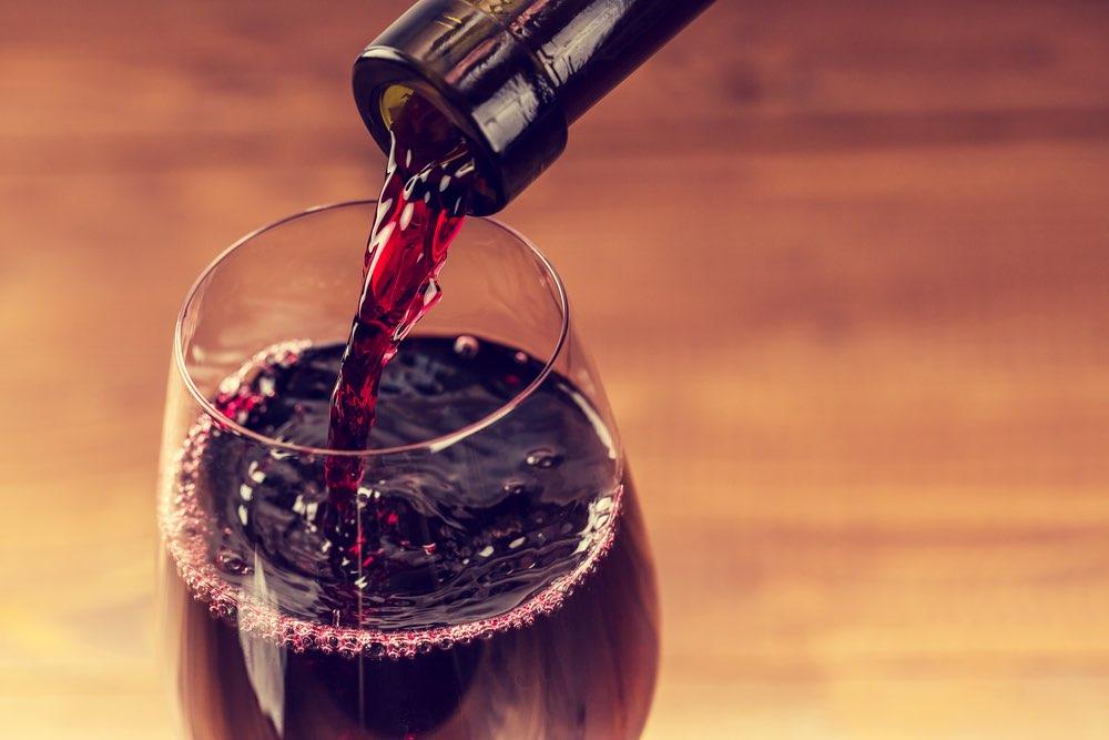 Il vino fa bene alla salute e alla linea