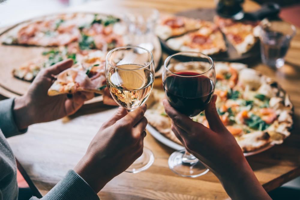 Pizza e vino: gli abbinamenti migliori