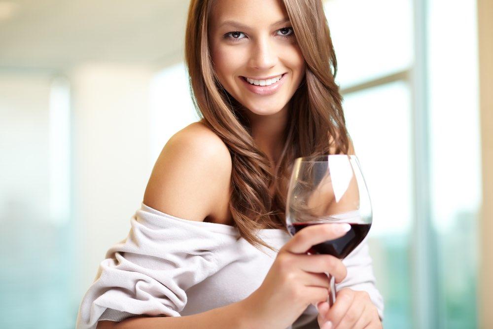 Il vino rosso protegge i denti?