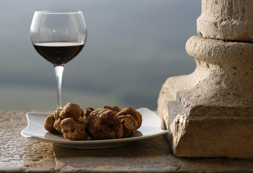 Abbinare il vino al tartufo