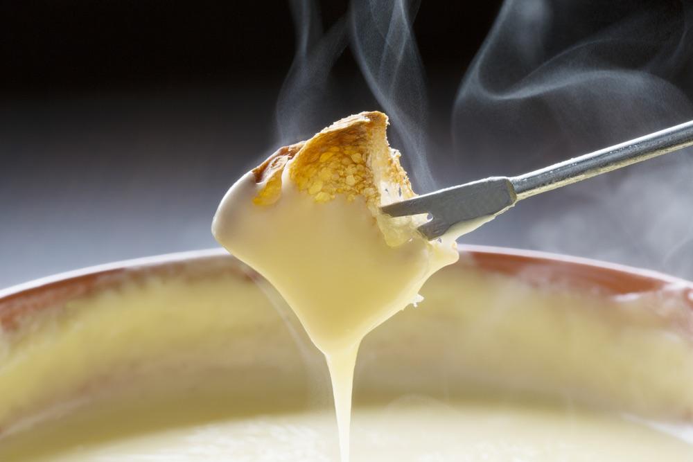 Fall Foods: Cheese Fondue Recipe