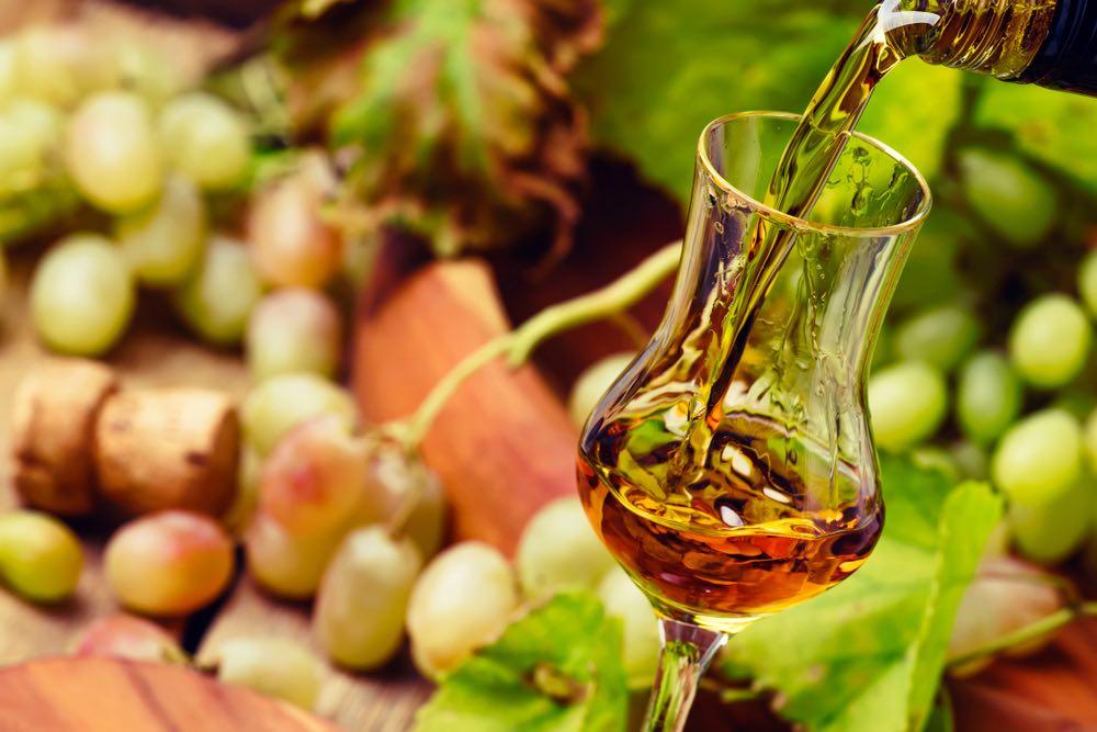 Grappe e acquaviti: alla scoperta dei distillati italiani